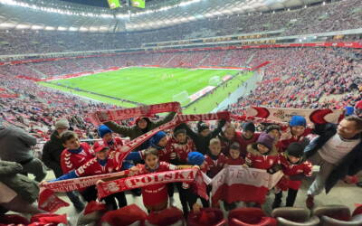 Zwycięzcy turnieju AP Champions Ryjewo na meczu Polska – San Marino